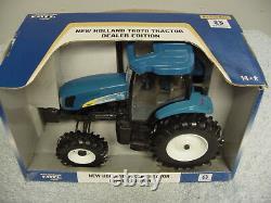 Ertl 1/16 New Holland T6070 Tractor De